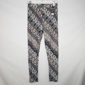 Indero Black Gray Pink Floral Leggings